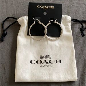 NWT Coach Hoop Earrings w Coach Drawstring Bag